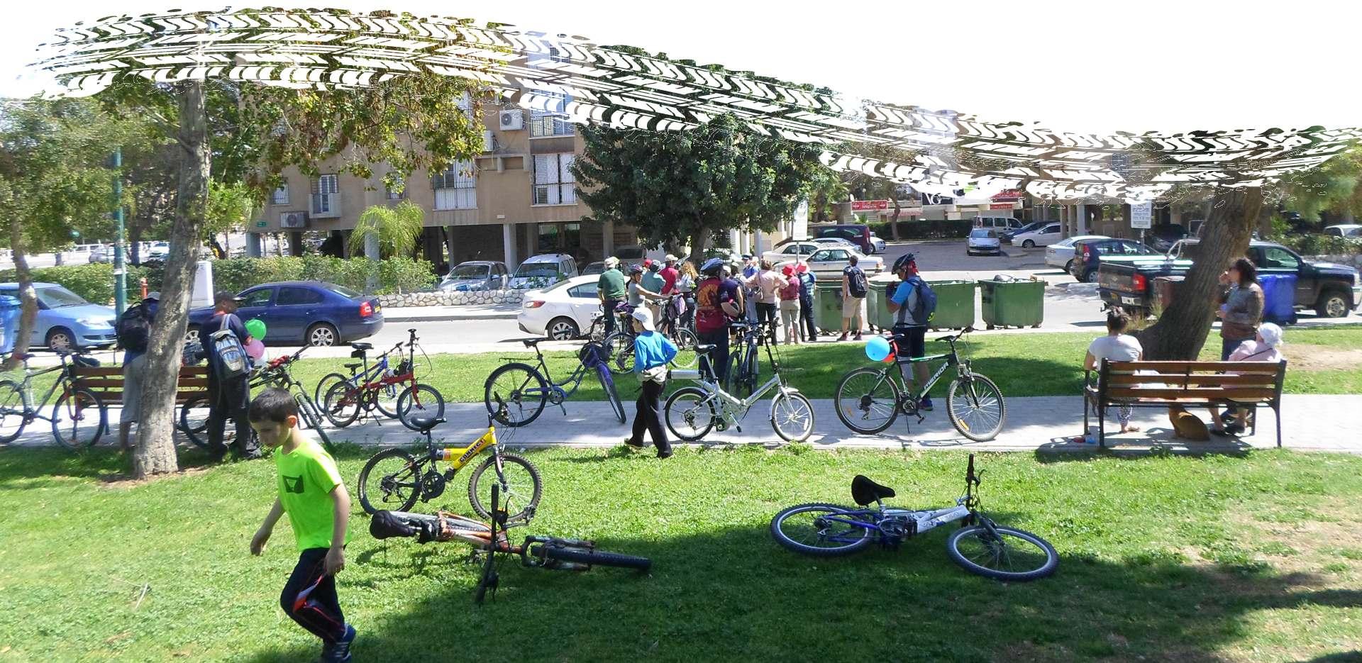 שיח מתגלגל טיול על אופניים